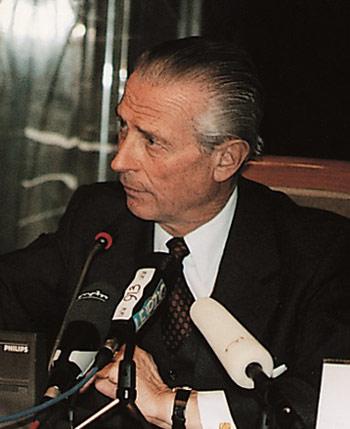 Klaus Schucht